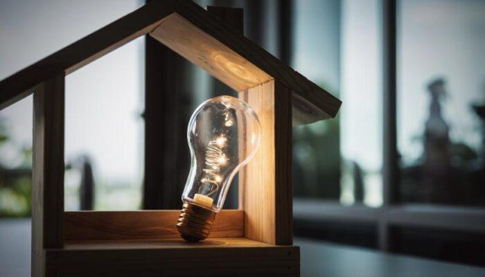 Microentreprise et télétravail : comment faire des économies d'énergie quand on travaille de chez soi ?